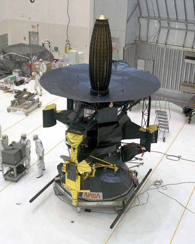 Die Galileo-Sonde bei den Startvorbereitungen