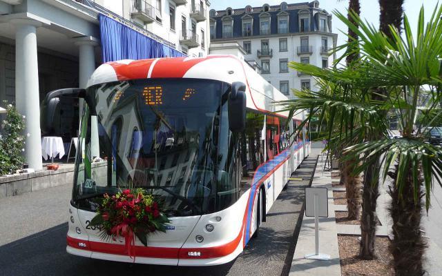 Doppelgelenk-Trolleybus