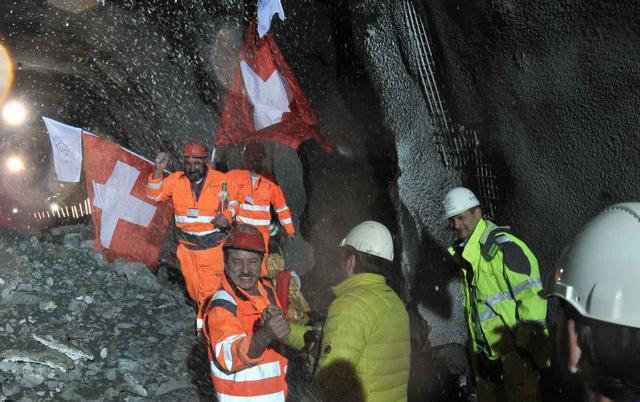 Erster Durchschlag Ceneri-Basistunnel
