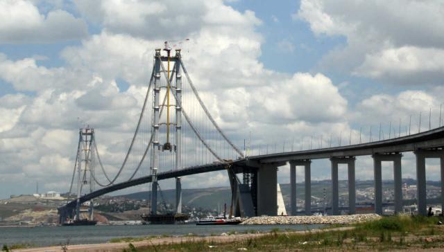 Hängebrücke über dem Golf von Izmit