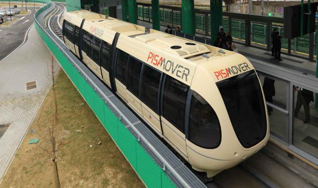 Mini-Metro ›PisaMover‹ in Pisa.