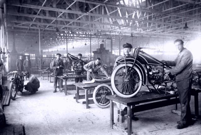 Produktion der BMW R 32
