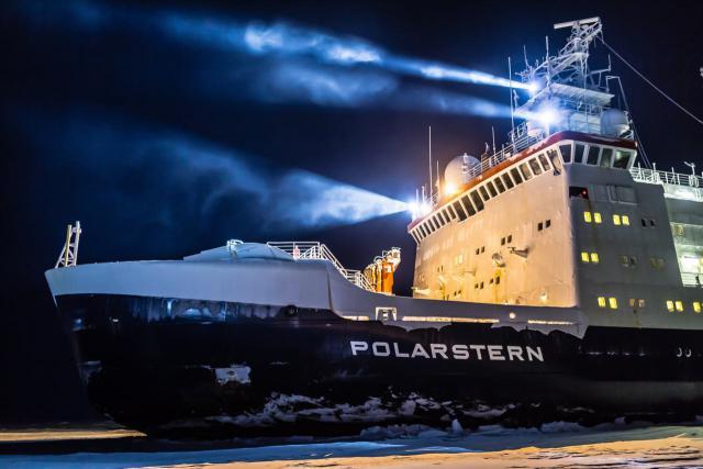 Der Forschungseisbrecher Polarstern