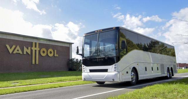 Elektrischer Reisebus CX45E