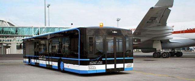 Airport-Bus für den internationalen Flughafen von Algier