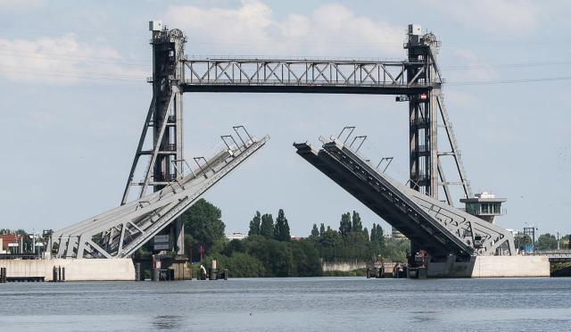 Neue Rethebrücke